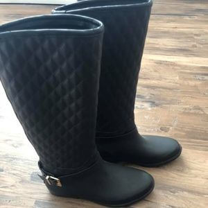 Guess Quilted Rubber Boots Size 7